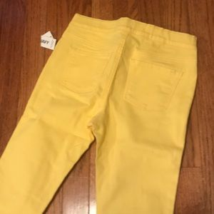 Old Navy Bottoms - Sunny Jeggings